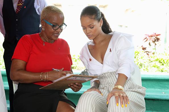 Three Quarter Length「Prince Harry Visits The Caribbean - Day 11」:写真・画像(9)[壁紙.com]