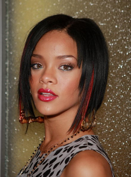 Bobbed Hair「MTV TRL Presents Rihanna And Seth Green」:写真・画像(9)[壁紙.com]