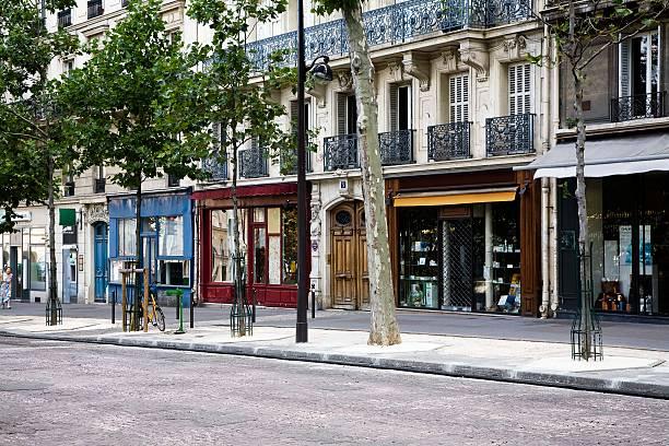 Shops on Boulevard Saint-Michel, Paris, France:スマホ壁紙(壁紙.com)