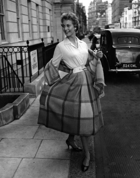 Skirt「Swedish Fashion」:写真・画像(4)[壁紙.com]