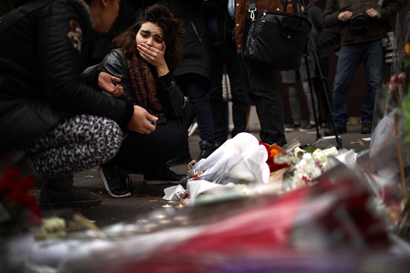 Paris - France「Significant Death Toll Feared In Paris Terror Attacks」:写真・画像(7)[壁紙.com]