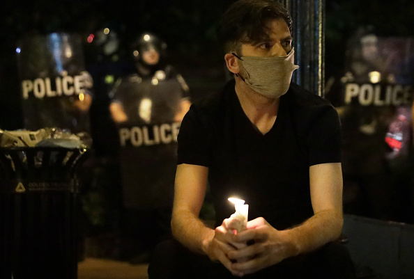 Effort「Protesters Demonstrate In D.C. Against Death Of George Floyd By Police Officer In Minneapolis」:写真・画像(5)[壁紙.com]
