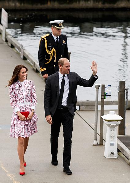 Alexander McQueen - Designer Label「2016 Royal Tour To Canada Of The Duke And Duchess Of Cambridge - Vancouver, British Columbia」:写真・画像(4)[壁紙.com]
