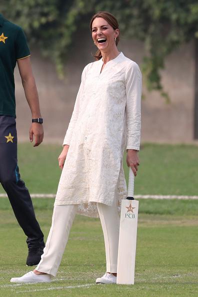 Lahore - Pakistan「The Duke And Duchess Of Cambridge Visit The North Of Pakistan」:写真・画像(16)[壁紙.com]
