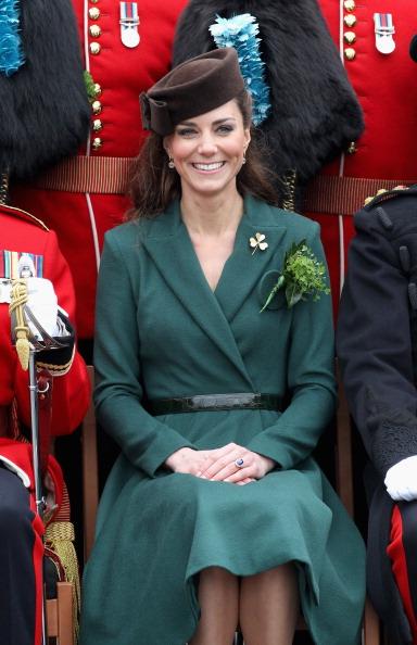 Belt「The Duchess Of Cambridge Visits The Irish Guards On Their St Patrick's Day Parade」:写真・画像(18)[壁紙.com]