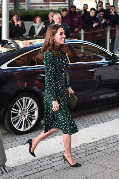 Visit「The Duke & Duchess Of Cambridge Visit Evelina London And The Passage」:写真・画像(6)[壁紙.com]