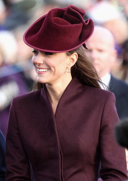 King's Lynn「British Royals Attend Christmas Day Service At Sandringham」:写真・画像(3)[壁紙.com]