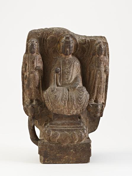 White Background「Seated Buddha With Bodhisattvas (Fragment)」:写真・画像(2)[壁紙.com]