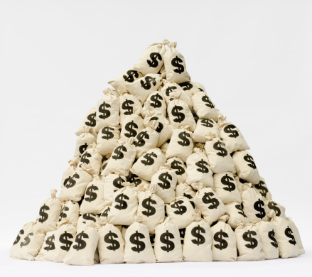 Currency Symbol「Large pile of money bags in a pyramid shape.」:スマホ壁紙(11)