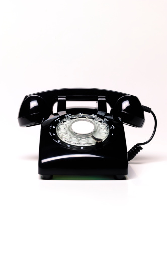 The Past「Black retro telephone with copy space」:スマホ壁紙(2)