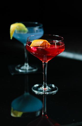 Bar Counter「Cocktail at Bar with Nuts」:スマホ壁紙(14)