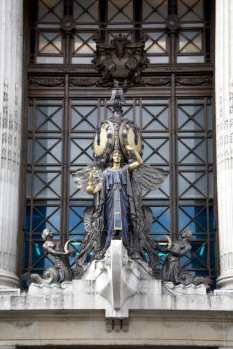 Oxford Street - London「Sculpture, Selfridges Department Store」:スマホ壁紙(12)