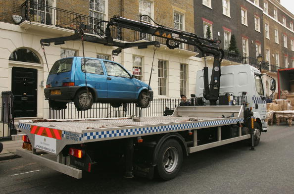 Mode of Transport「Authorised Removal Unit Removes Illegally Parked Car」:写真・画像(14)[壁紙.com]