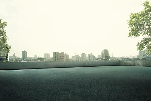 Empty Road「Empty Roof top Parking Lot」:スマホ壁紙(19)