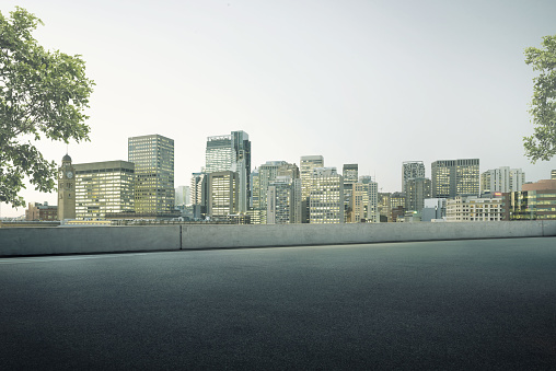 Paving Stone「Empty Roof top Parking Lot」:スマホ壁紙(6)