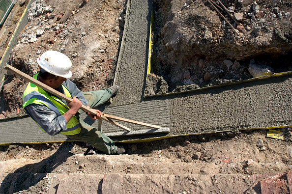 Pouring「Groundwork for house building. Trench reinforced with steel.」:写真・画像(19)[壁紙.com]