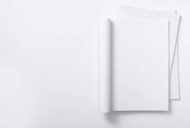 Blank curved magazine on a magazine stack:スマホ壁紙(壁紙.com)