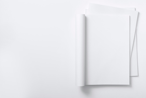 Printout「Blank curved magazine on a magazine stack」:スマホ壁紙(8)