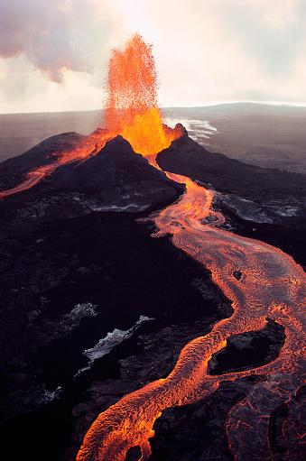 1980-1989「Kilauea Volcano Erupting」:スマホ壁紙(5)