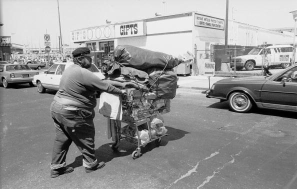 Homelessness「Garbage Man」:写真・画像(6)[壁紙.com]