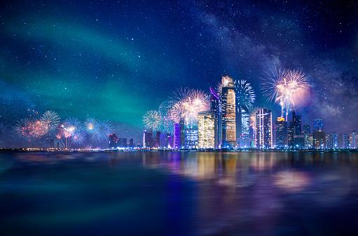 花火「Abu Dhabi at Night with fireworks」:スマホ壁紙(11)