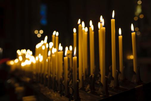 Greek Orthodox「Lit Candles in Church Interior at Christmas」:スマホ壁紙(8)