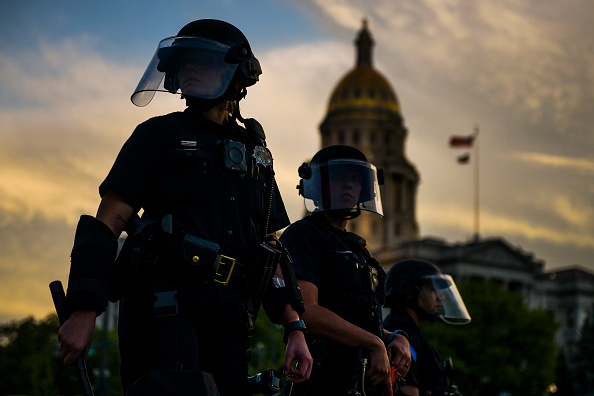 Denver「Protests Continue At Capitol In Denver In Aftermath To Death Of George Floyd」:写真・画像(7)[壁紙.com]