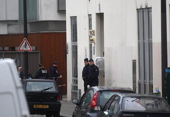 Charlie Hebdo「Deadly Attack On French Satirical Magazine Charlie Hebdo In Paris」:写真・画像(19)[壁紙.com]