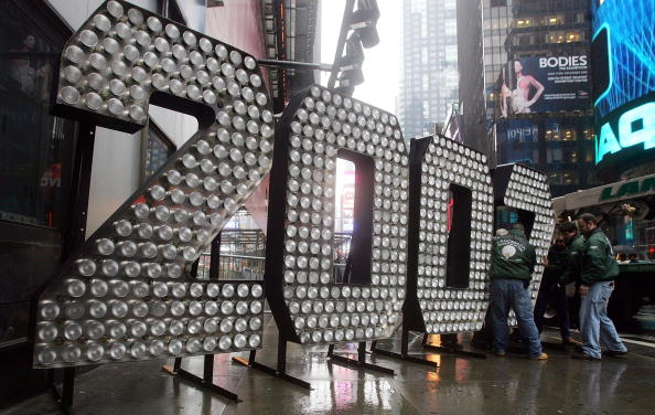 2007「Times Square Begins Preparations For New Years Eve Celebration」:写真・画像(9)[壁紙.com]