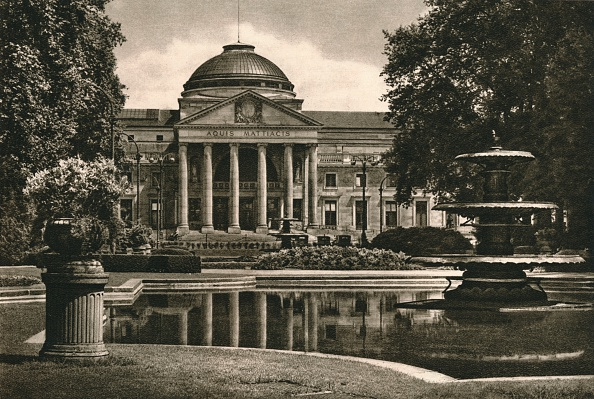 Spa「Wiesbaden - Kurhaus, 1931」:写真・画像(8)[壁紙.com]