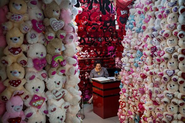 Stuffed「World's Largest Small Commodities Market Feels China's Slowdown」:写真・画像(14)[壁紙.com]
