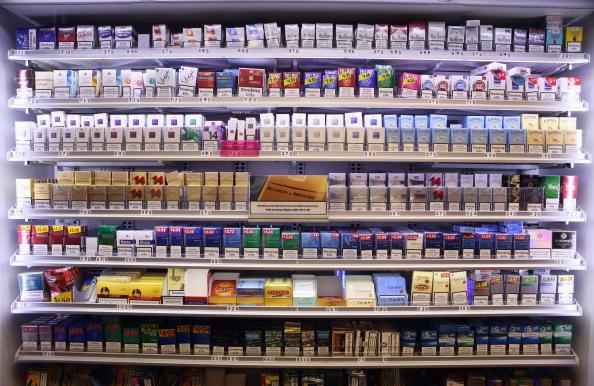 Cigarette「Tobacco Shop Displays To Be Banned」:写真・画像(6)[壁紙.com]