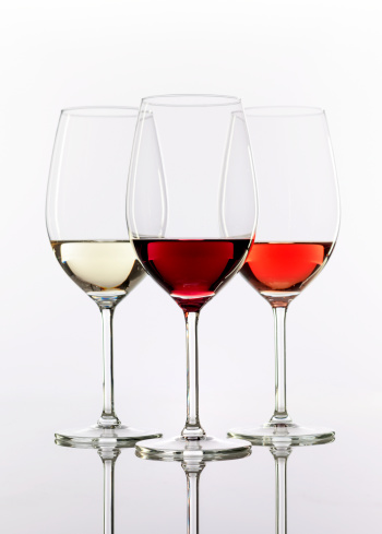 Wineglass「three wineglasses with wine」:スマホ壁紙(16)