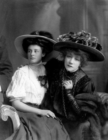 Shirt「Sarah Bernhardt」:写真・画像(5)[壁紙.com]