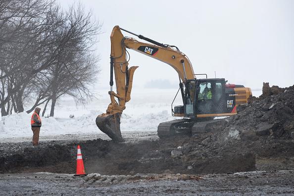 Spilling「Pipeline Spills Over 100,000 Gallons Of Diesel In Iowa Farmland」:写真・画像(3)[壁紙.com]