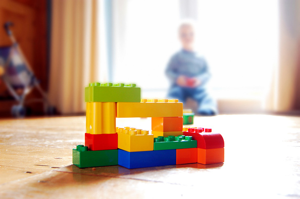 Construction Industry「Lego building bricks constructed by a child.」:写真・画像(15)[壁紙.com]