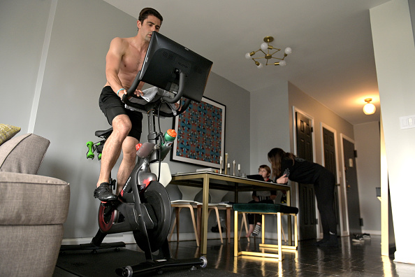 Stationary「Coronavirus Pandemic Moves Exercise And Schooling To The Home」:写真・画像(9)[壁紙.com]