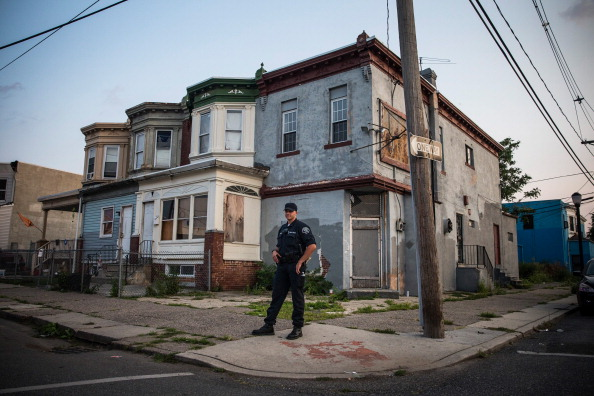 New Jersey「Camden Battles Crime And Poverty In Effort To Re-Vitalize Community」:写真・画像(6)[壁紙.com]