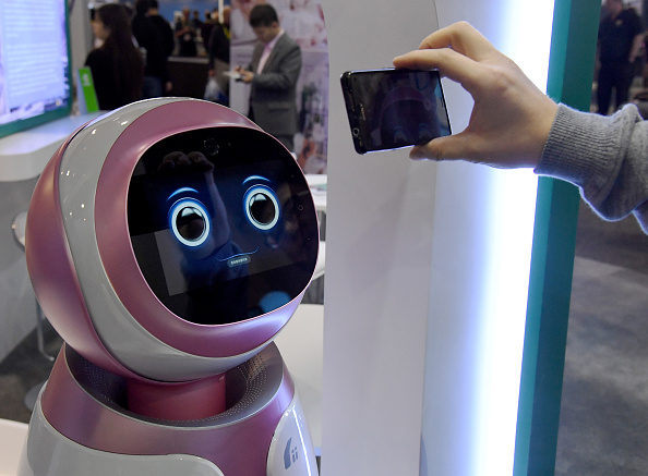 Technology「Latest Consumer Technology Products On Display At CES 2017」:写真・画像(9)[壁紙.com]