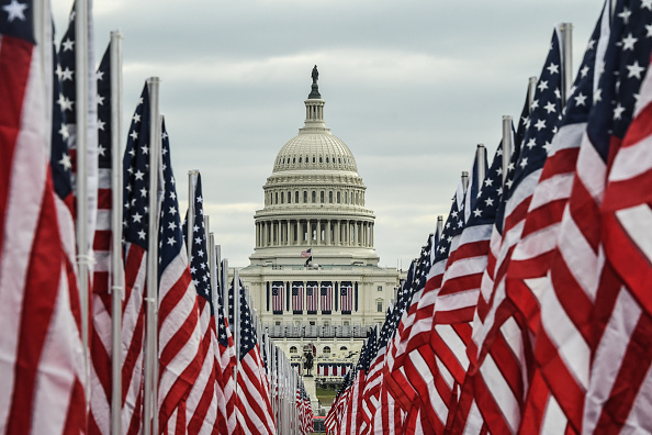 Capitol Hill「Washington DC Prepares For Inauguration Of Joe Biden As 46th President」:写真・画像(8)[壁紙.com]