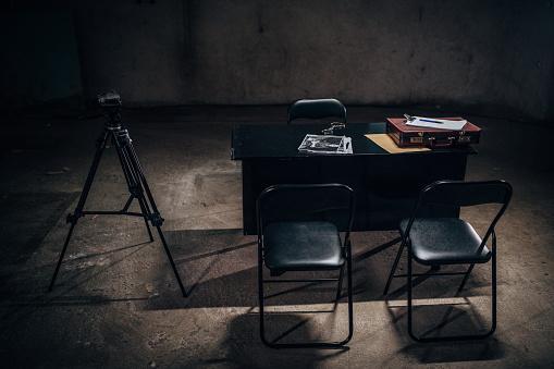 Emergency Services Occupation「Interrogation Room」:スマホ壁紙(7)