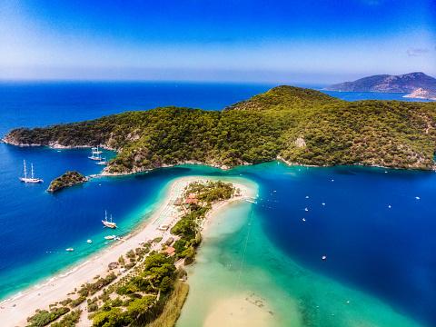 Turkey - Middle East「View of the Blue Lagoon, Oludeniz, Mugla, Turkey」:スマホ壁紙(4)