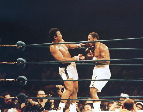 George Foreman「Ali Vs Frazier」:写真・画像(11)[壁紙.com]