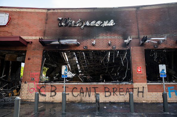 Burnt「Protests Continue Over Death Of George Floyd, Killed In Police Custody In Minneapolis」:写真・画像(2)[壁紙.com]