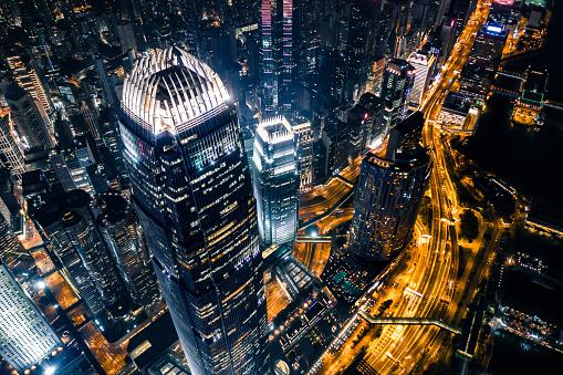 摩天楼「夜の香港の眺め」:スマホ壁紙(13)