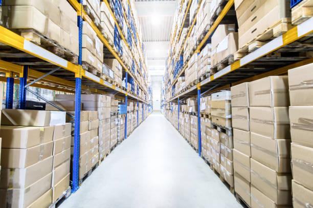 Large & modern warehouse:スマホ壁紙(壁紙.com)