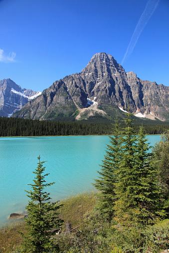 ケフレン山「Canada, Alberta, Banff National Park, Mount Chephren, Waterfowl Lake,」:スマホ壁紙(7)