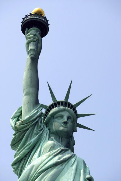 Freedom「New York Prepares To Re-Open Statue Of Liberty To The Public」:写真・画像(2)[壁紙.com]