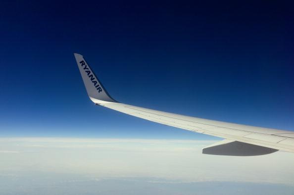 Tom Stoddart Archive「Ryanair Plane」:写真・画像(16)[壁紙.com]