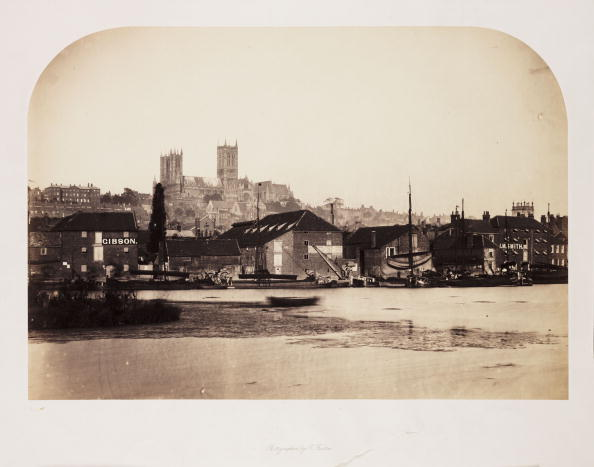 Superb view「Lincoln Cathedral from Across the River, 1857.」:写真・画像(8)[壁紙.com]